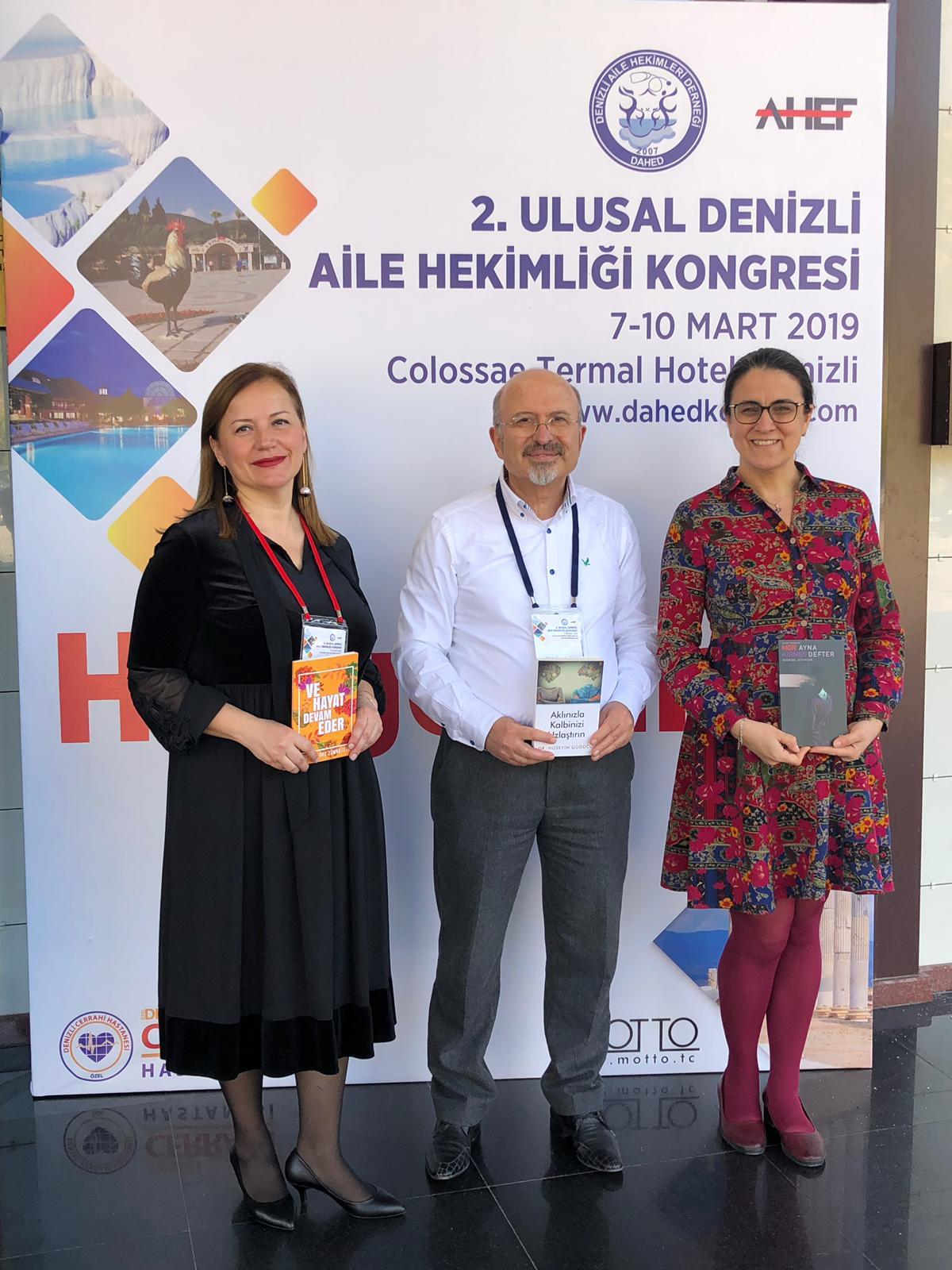 Photo of 3 hekim yazarın yeni kitapları katılımcılarla buluştu